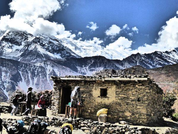 vue du Village deYak Kharkha - tour des Annapurnas